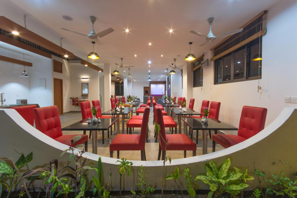 Paguro Restaurant & Cafe