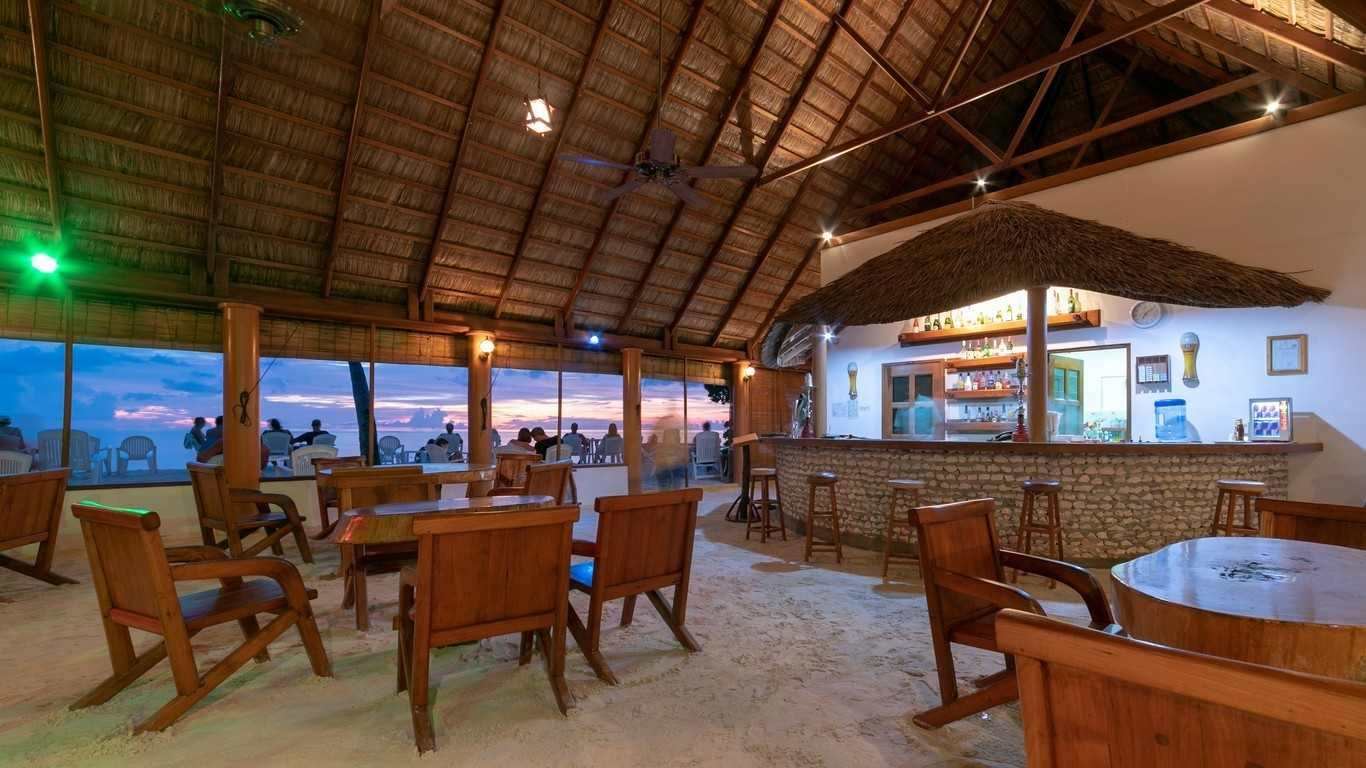 Blue Lagoon Bar